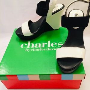 NWT Charles David Wedge Sandals Black White 5.5
